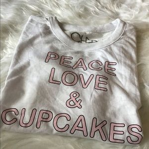 """Chaser Kids Graphic """"Peace Love Cupcakes"""" Tee"""
